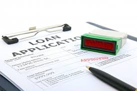 Short-term Financing Explained - Comparing a Payday Loan with Credit Card Financing